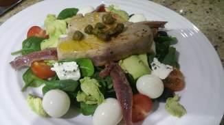 Keto tuna and caper salad